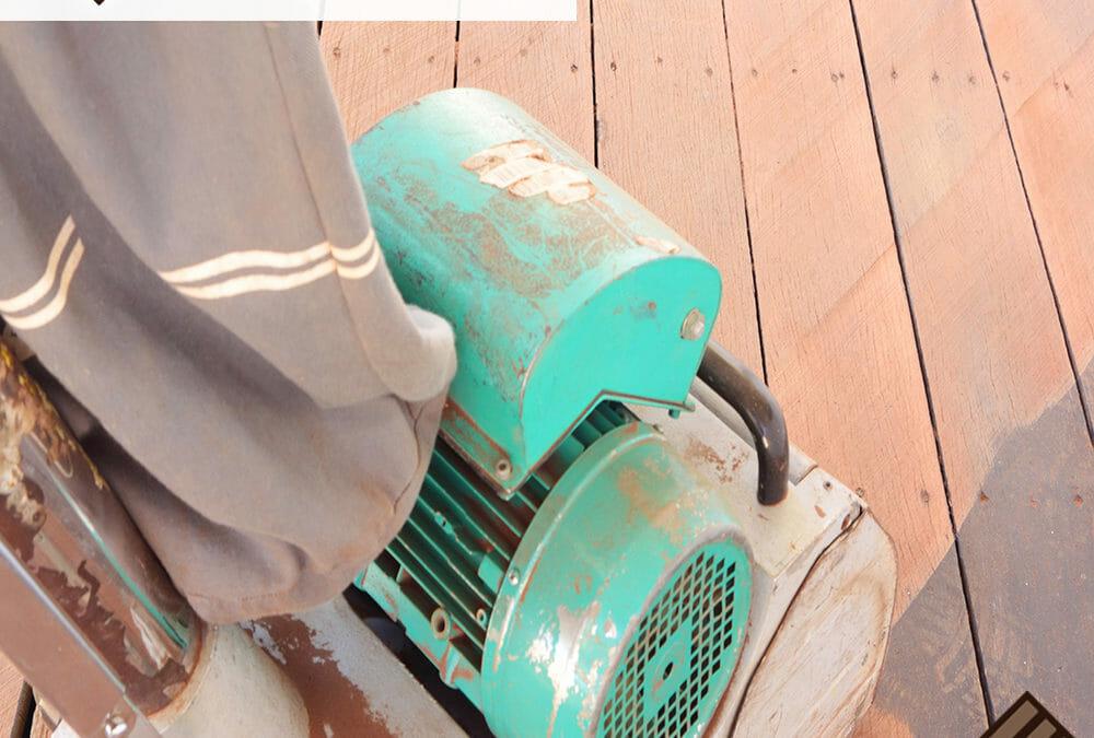 3 Simple Steps to Keep your Hardwood Floors Looking Good.