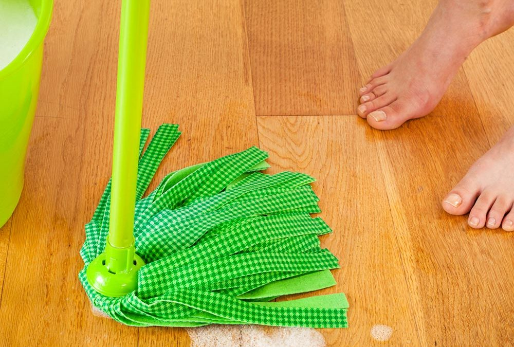 How to Clean Hardwood Floors Organically