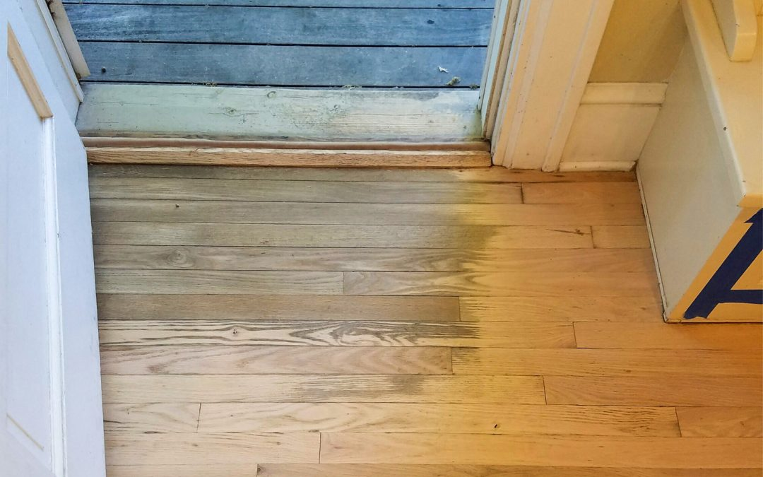 How to Remove Difficult Water Stains From Hardwood